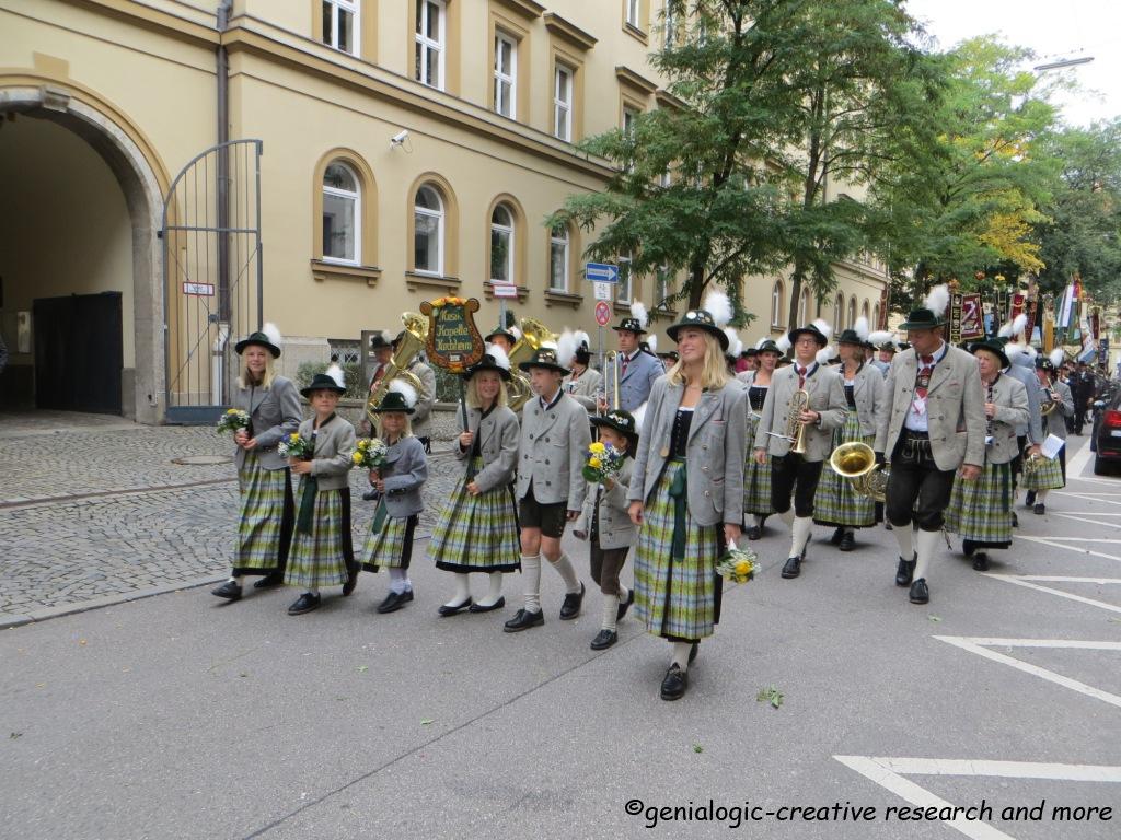 Genialogic   beelden   categorie: oktoberfest in münchen (die wies'n)